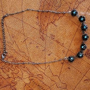 """NECKLACE VINTAGE Roses w/blue centers 14"""" to 17"""""""